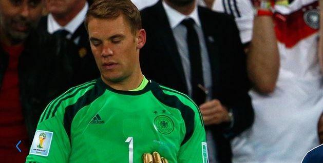 Neuer ancora incredulo del trionfo