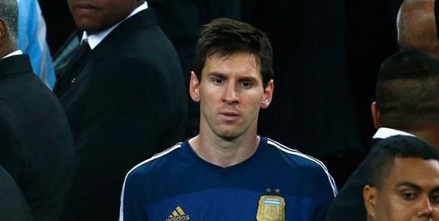 Messi quasi in lacrime