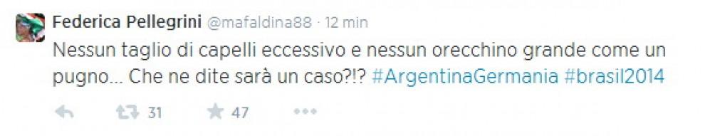 Federica Pellegrini si scaglia contro Balotelli su Twitter (FOTO)