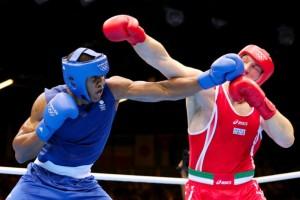 Anthony Joshua e Roberto Cammarelle in un incontro olimpionico