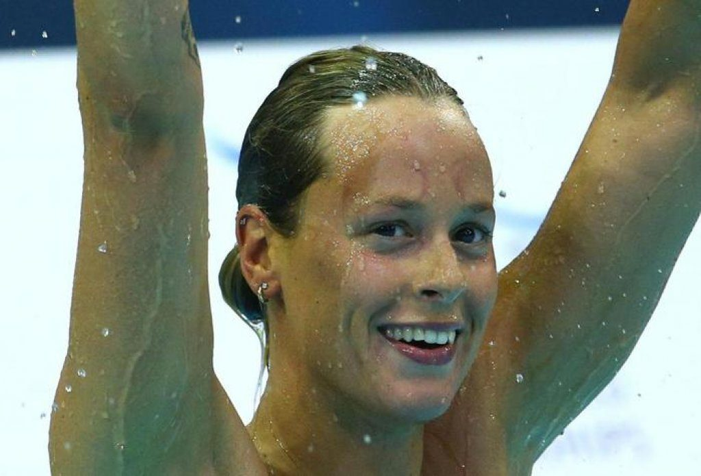epa04364989 Federica Pellegrini of Italy reacts after the women's 200m Freestyle Final at the 32nd LEN European Swimming Championships 2014 in Berlin, Germany, 23 August 2014.  EPA/DAVID EBENER