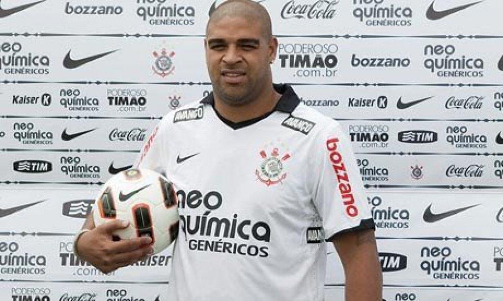 Adriano, megaparty per i suoi 35 anni
