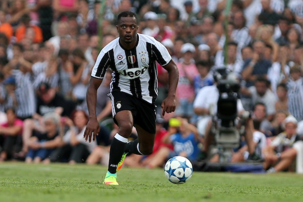 Juventus-Real Madrid, Evra carica gli ex compagni (e imita Allegri)